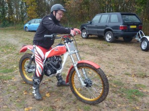 Honda TLR 250 photo